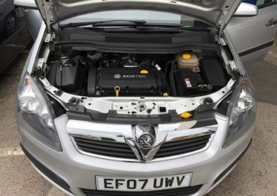 Vauxhall_Vectra_silver_3